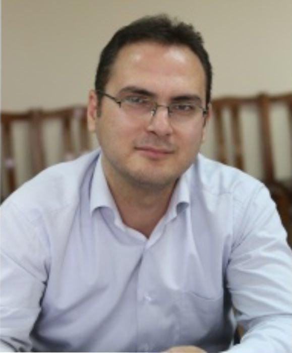 دکتر غلامرضا اسماعيلي جاويد